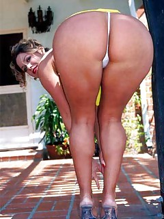 Ass Outdoor Pics