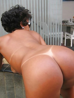 Tanned Ass Pics